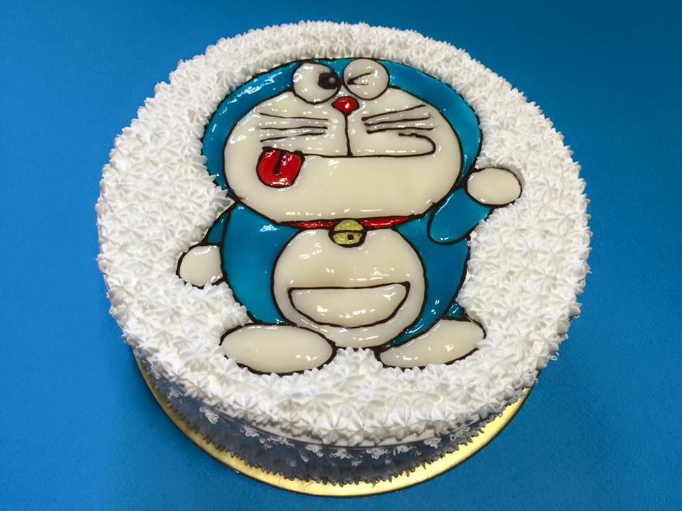 Doraemon Wink Cake