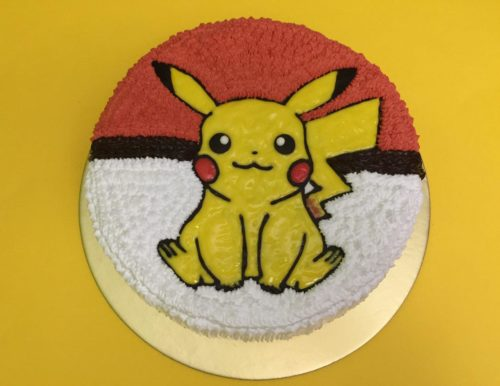 Pikachu Sitting 500x386 Pokemon Birthday Cake Designs