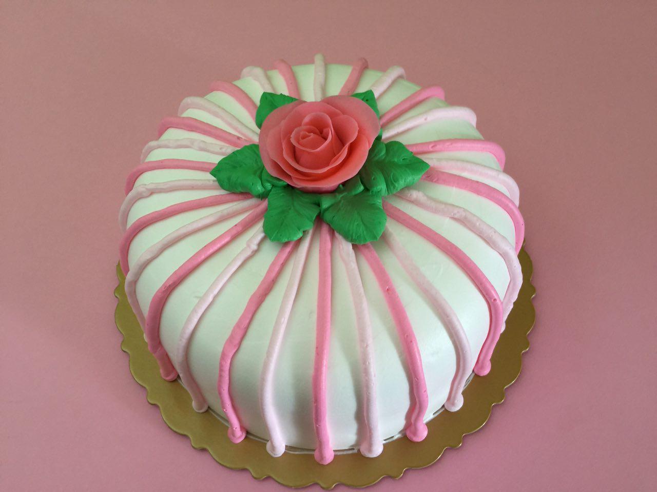Pink Rose Gift Cake
