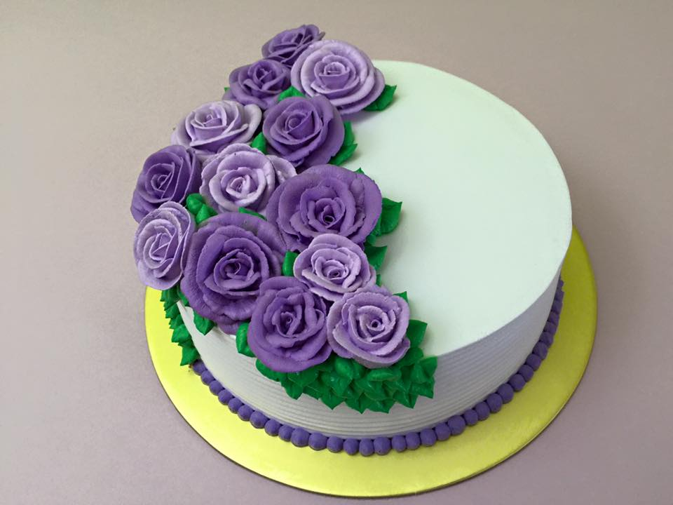Romantic Purple Roses Cake